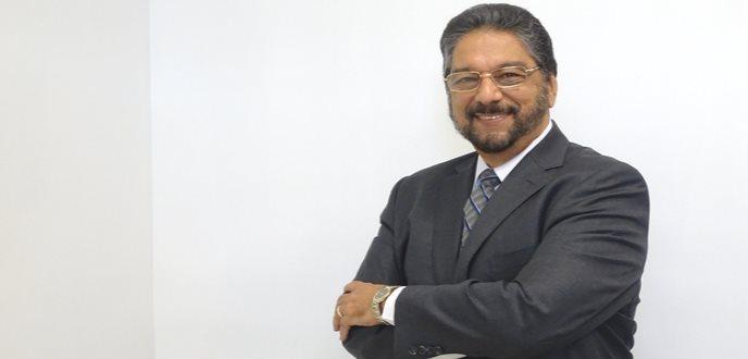 Apasionado por la mente humana nuevo presidente de la Universidad Carlos Albizu
