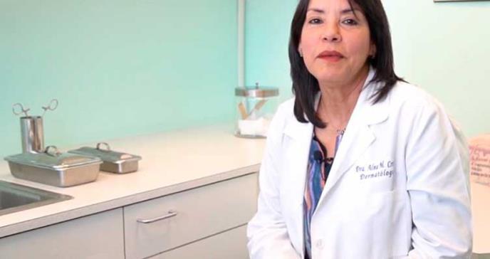 """Dra. Alma Cruz: """"tenemos que educarnos todos sobre la hidradenitis supurativa"""""""