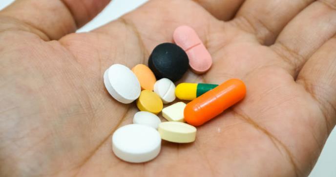 Asocian el uso de antibióticos en mujeres con mayor riesgo de infarto e ictus