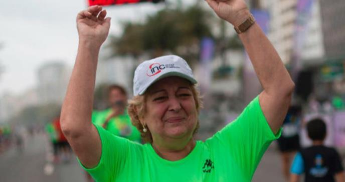 Corrió su primera carrera con el corazón de un atleta olímpico fallecido