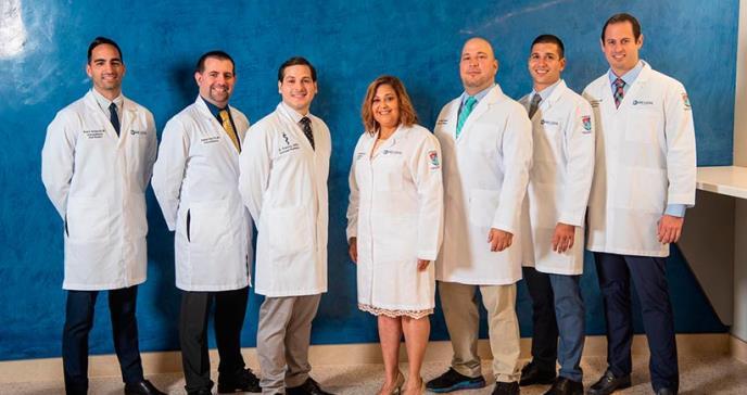 Centro Médico Episcopal San Lucas concede grados a 43 nuevos médicos especialistas y subespecialistas