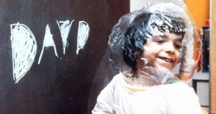 Cómo es la terapia que curó con VIH a 8 niños burbuja