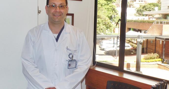 Sistema de estimulación cerebral evitaría discapacidad en pacientes con párkinson