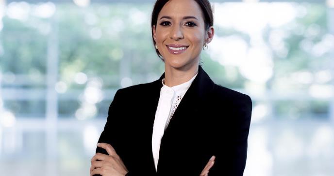 Dra. Mayrim Ríos Pérez, primera mujer boricua que alcanza su especialidad en cirugía torácica