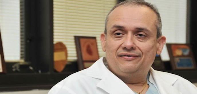 """""""Puerto Rico tiene la obligación de migrar el desarrollo futuro de la cirugía  cardiaca"""": Dr. Iván González Cancel"""