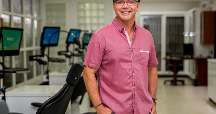 Dr. Roberto Hernández, tres décadas dedicado a la ortodoncia en Puerto Rico