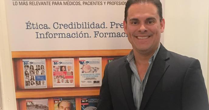 Dr. Efraín Carrasquillo asume la presidencia de la Asociación de Reumatólogos de Puerto Rico
