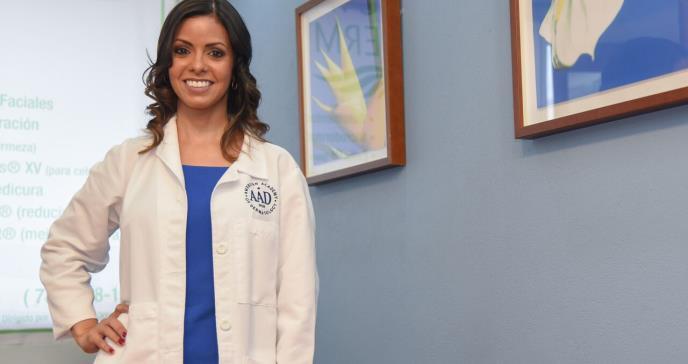 Dra. Eneida De La Torre cumple su misión al frente de la Sociedad Dermatológica
