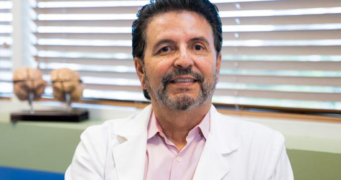 """Dr. Chinea: """"tratamiento con células madre empeora la esclerosis múltiple"""""""