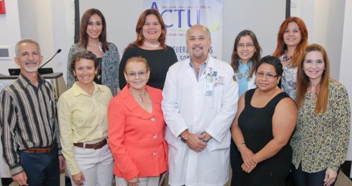 Dr. Jorge Santana: A la caza de los virus que afectan a los puertorriqueños