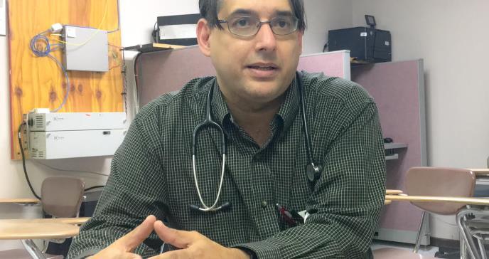 Pediatras del Oeste luchan por lograr servicios especializados para la población pediátrica