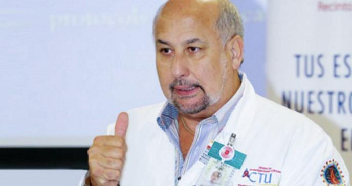 """Dr. Jorge Santana: """"Estamos más cerca de crear un medicamento que una vacuna contra el coronavirus"""""""