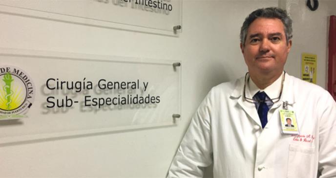 """""""Tenemos que proteger a los profesionales de la salud que están en la primera línea de ayuda"""":  rector del Recinto Ciencias Médicas"""