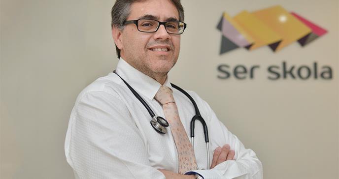 Ardua labor del genetista Carlo en beneficio de los pacientes con enfermedades raras