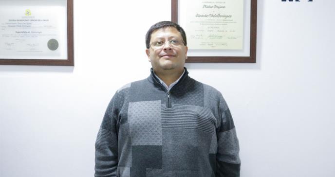 """Dr. Alexander Vitola: """"En Colombia, el sistema de salud le resta importancia al dolor de cabeza"""""""