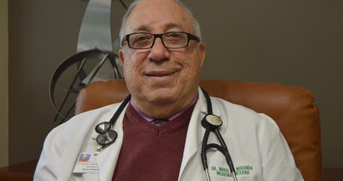 Dr. Miranda Torres: No permite que la edad  lo separe de sus pacientes