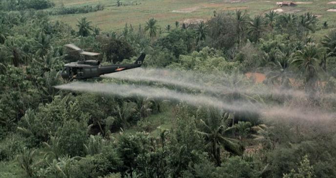 El agente naranja sigue pudriendo los suelos de Vietnam 50 años después