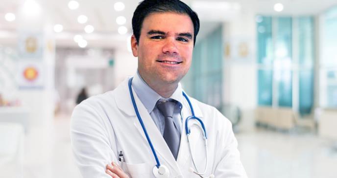 El cirujano puertorriqueño que hizo parte de un histórico trasplante de rostro