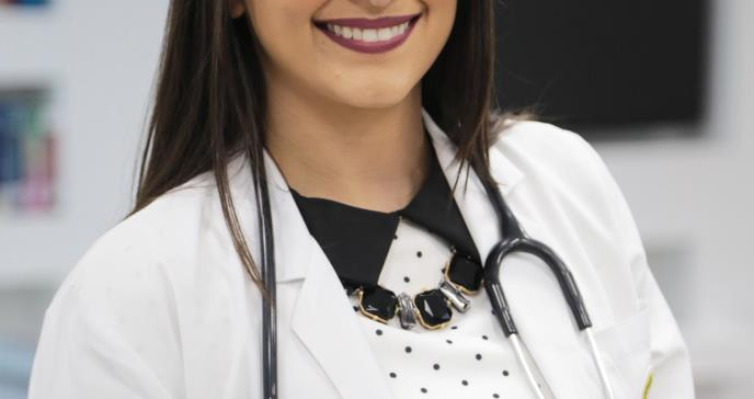Otorgan prestigioso premio a estudiante de medicina de la Ponce Health Science University