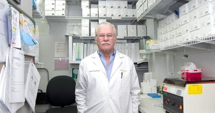 El médico puertorriqueño que diagnosticó al primer paciente de sida en Puerto Rico