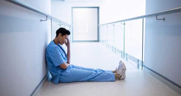 Estudio revela estadísticas alarmantes sobre el agotamiento de la enfermera