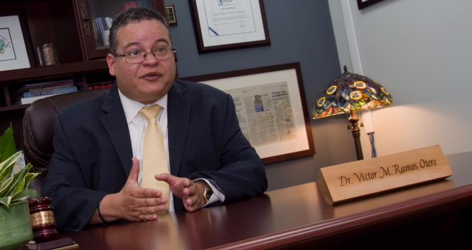 Presidente del Colegio de Médicos hace llamado a médicos y profesionales de la salud