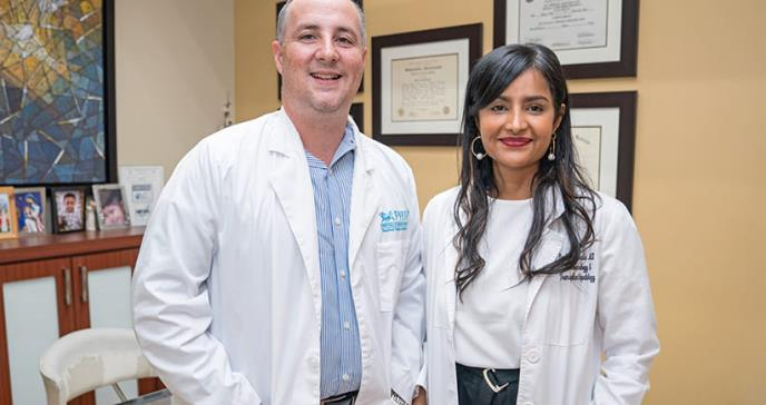 Geriatra y gastroenteróloga, una pareja comprometida con la calidad médica del país