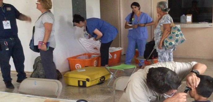 Médicos ofrecen servicios gratuitos en varios municipios del país