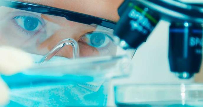 Investigadores desarrollan un lente intraocular capaz de imitar al cristalino