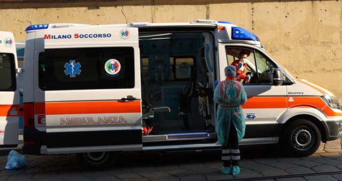 Italia reporta menos casos y muertes por COVID-19