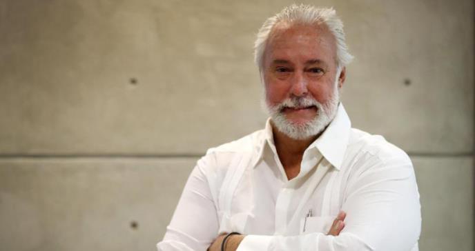 Johnny Rullán, médico de entera credibilidad para el pueblo