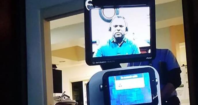 La polémica por el paciente que se enteró de que iba a morir por un video transmitido por un robot