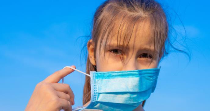 OMS: los niños menores de 5 años no deben usar mascarillas