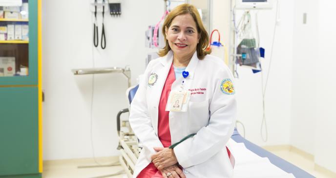 Devoción clínica en medio de la emergencia pediátrica