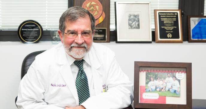 Triunfa la lucha social de un médico puertorriqueño por la libertad de Oscar López