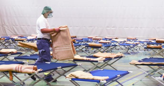 Posible riesgo de COVID-19 en refugios por la tormenta tropical Laura