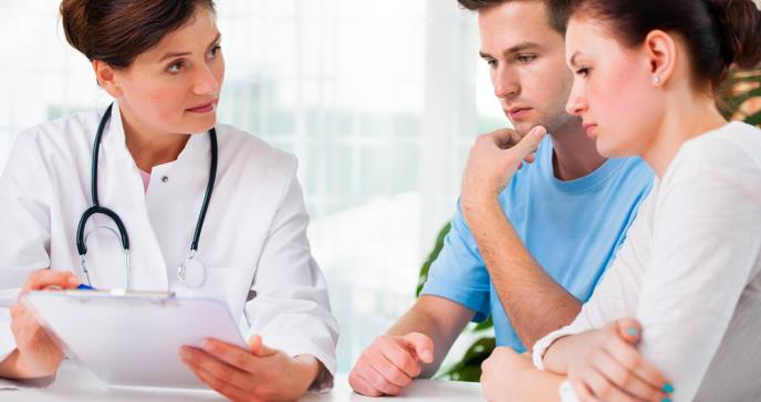 Por qué la medicina trata el dolor de forma diferente en mujeres y hombres