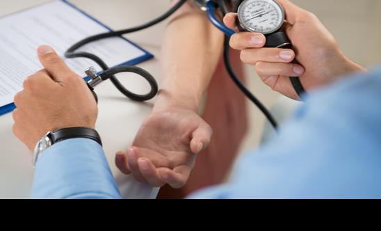 Identifican 107 regiones génicas asociadas con la hipertensión