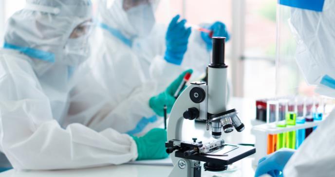 Nuevo avance en vacuna contra la COVID-19, farmacéutica Moderna anuncia eficacia de un 94,5%