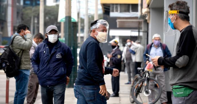 Coronavirus en Estados Unidos: 4 cifras que muestran el devastador impacto del covid-19 sobre los latinos en el país con más casos en el mundo