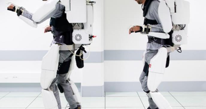 Joven tetrapléjico logra caminar gracias a un exoesqueleto conectado al cerebro