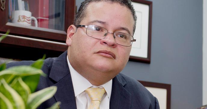 Colegio de Médicos lamenta fallecimiento de nefrólogo a causa del COVID-19