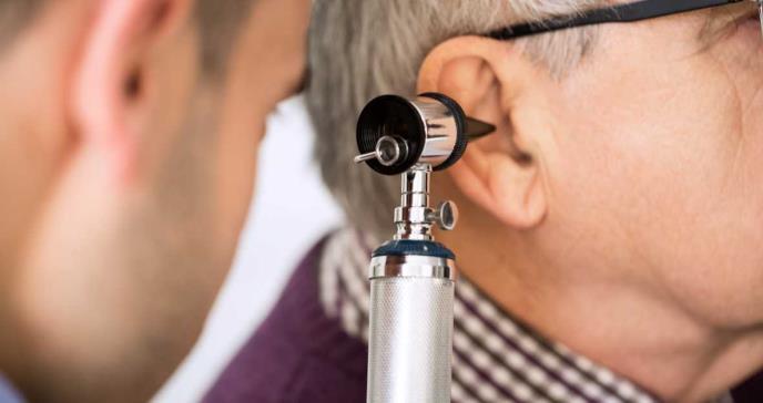 Zumbido en el sistema auditivo, otra secuela del COVID-19