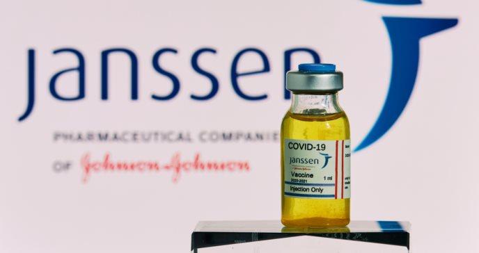 Retraso en la distribución de la vacuna de Janssen en Europa tras suspensión anunciada por EE. UU