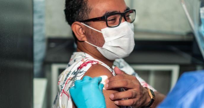 República Dominicana aplicará una tercera dosis de la vacuna contra el COVID