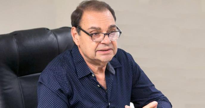 Asume el reto el Dr. José Capriles como nuevo decano de la Escuela de Medicina de la UCC