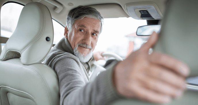 Cómo tu manera de conducir puede revelar signos tempranos de alzhéimer