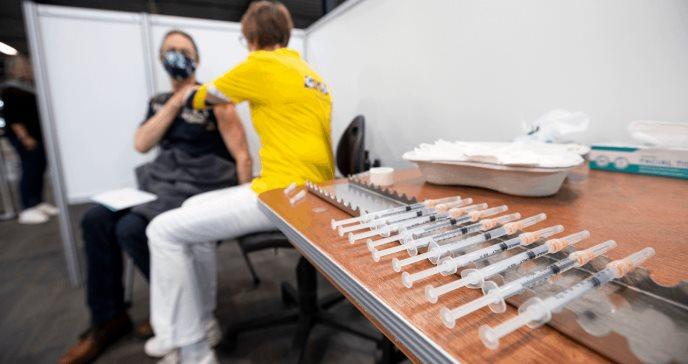 Religión y vacunación: el rechazo de los evangélicos blancos a las vacunas podría prolongar la pandemia