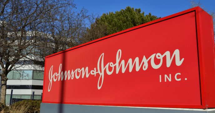 Johnson & Johnson retira del mercado protectores solares Neutrogena y Aveeno por contener benceno