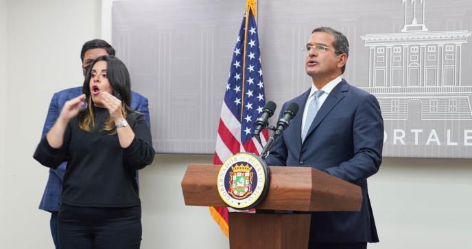Gobierno de Puerto Rico extiende la vacunación compulsoria a restaurantes y barras